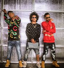 an interview mindless behavior about their soon to be on 24th mindless behavior released their latest album officialmbmusic the group consists of princeton ej and new member mike river