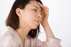 「頭痛 無料画像」の画像検索結果