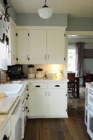 modern kitchen cabinet hardware traditional: modern kitchen cabinet hardware traditional with under