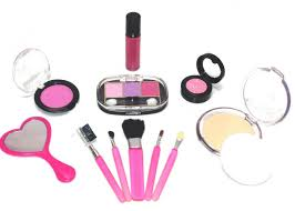 since it is a pretend makeup kit there isn 39 t any real makeup to put on no one might say what 39 s the point of having a pretend makeup kit