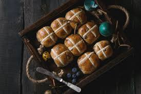 Curious Questions: Why do we eat <b>hot cross</b> buns at Easter ...