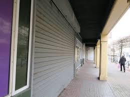 Alpes-Maritimes : enfermée dans le magasin où elle travaille, elle perd son emploi