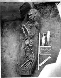 「1996, the oldest human bone discovered in washington states」の画像検索結果