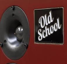 Тест <b>полочной акустики Old School</b> Monitor M2: а душа-то всегда ...