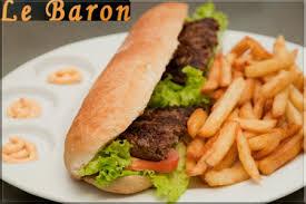 viande hachée avec les frite images?q=tbn:ANd9GcR