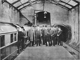 「1896 Budapesti metró」の画像検索結果
