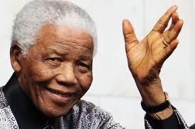 ... herinneren welke buitengewone rol Maitreya, de Wereldleraar, speelde bij de gebeurtenissen die in 1990 leidden tot de vrijlating van Nelson Mandela uit ... - 201401_nelson_mandela