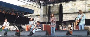 <b>The Black Crowes</b> - Wikipedia