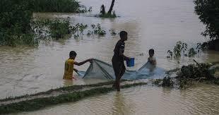 Bangladesh floods displace thousands of Rohingya refugees ...