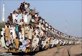 اخر قطار رايح  Images?q=tbn:ANd9GcREiYb-KHFxZrnjSS_SRKcBmzn6E5Cb2w8Of-dGKkDBBTNrL6Tpvw