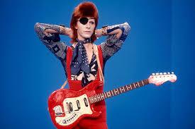 Почему без Дэвида Боуи Мадонна и Леди Гага одевались бы по ...