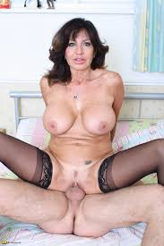 Busty Milf Porn Pic busty milf porn pic Mature Porn Pics.