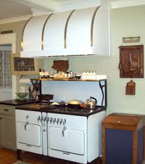 vintage kitchen appliance retro appliances: gas ranges this comes in handy for t hose fashioned stoves vintage