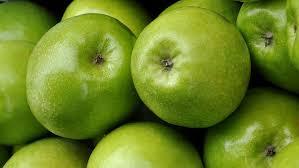 Resultado de imagen de bodegon de manzanas verdes
