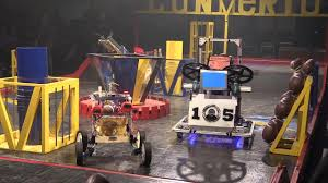 Students <b>build football</b> throwing <b>robots</b> - YouTube