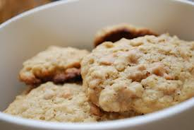March 19th is National Oatmeal Cookie Day! | Foodimentary ...