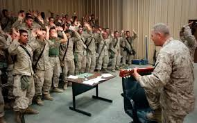 Resultado de imagen para SOLDADOS MILITARES EE.UU CANTANDO