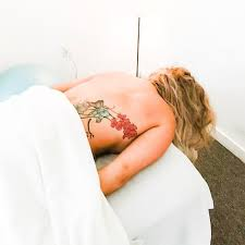 <b>White Dahlia</b>: Raleigh NC Massage Spa & Facials