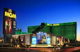 MGM Grand Hotel and Casino - UPDATED 2017 Prices & Resort ...