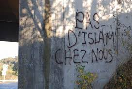 Image result for islamophobie france graffiti
