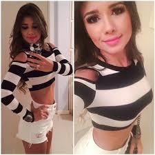 Paula Fernandes fez a alegria dos seus seguidores na Noite desta sexta-feira, 4. A cantora publicou uma imagem em seu perfil no Instagram usando um short ... - paula_fernandes