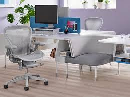 Best <b>office chairs</b> in 2020: Herman Miller, Secretlab, La-Z-Boy ...
