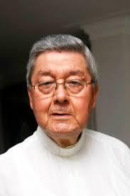Monseñor Néstor Navarro Barrera recuerda el proceso de formación de la Universidad Pontificia Bolivariana. (. Monseñor Néstor Navarro Barrera. - 03GECANXXA058_VERTI