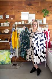 17 best ideas about clothing stores store design get that life how i opened my own clothing boutique