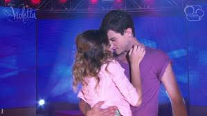 Violetta2: ¡Tercer beso de Vilu!