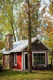 1000 ideas about little houses on pinterest houses wooden houses and tvs amazing rustic small home