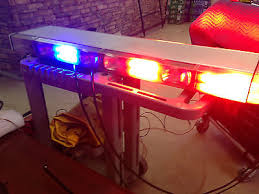whelen lfl liberty series led lightbar 54 sx2bbrr • 899 99 whelen edge dom series led lightbar 50 w traffic control amber blue