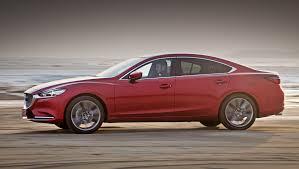 Наблюдаем за превращением седана <b>Mazda</b> 6 в буржуа. Тест ...