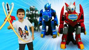 Видео для мальчиков. <b>Трансформеры роботы</b> и Мастер <b>Монкарт</b> ...