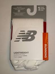 New Balance 1 Pack <b>Run Foundation Flat Knit</b> No Show Socks ...