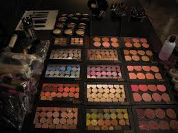 extensive makeup kit conns over 250 mac cosmetic eye shadows i have a color to fit