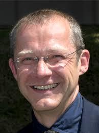 """Sebastian Kirsch ist Richter am Amtsgericht Garmisch-Partenkirchen sowie Mitbegründer und seither der """"juristische Kopf"""" der Idee des Werdenfelser Weges. - Portrait_Sebastian_Kirsch-2"""