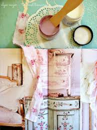 couture decor wallpaper