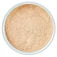 <b>Mineral Powder</b> Foundation
