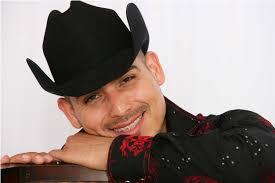 Sin mencionar el nombre de la canción en la cual hicieron el dueto, posiblemente será un éxito con las voces de Espinoza Paz y los chicos regiomontanos de ... - Espinoza-Paz09