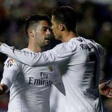Image result for Mighty midfield overcomes deficit to lead Real Madrid to win over Napoli