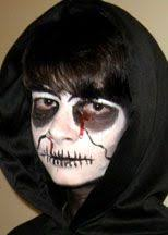 make up tutorial great for s and s go as the grim reaper quick and easy costume idea