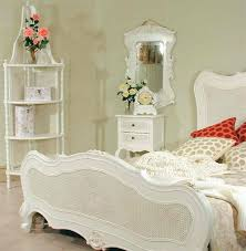 amazing bedroom white wicker bedroom furniture sets casual white wicker and wicker bedroom furniture amazing elegant mirrored bedroom furniture