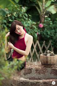 Kết quả hình ảnh cho Thiếu Nữ Yếm lưng trần images