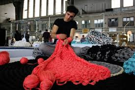 Millennial Craft-Makers Embrace <b>Arm Knitting</b> - WSJ