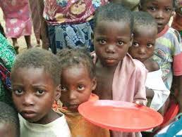 Resultado de imagen para BM; dice la extrema pobreza global bajará por primera vez del 10 % en 2015