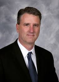 Dr. Donald Lewis, Muir Orthopaedic Specialists - dr-donald-lewis-270x378