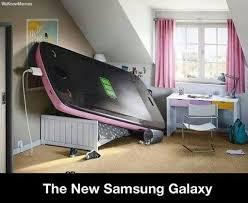 The New Samsung Galaxy Is Pretty Big | WeKnowMemes via Relatably.com