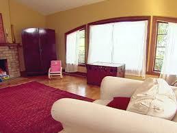 living room ideas burgundy walls living room decorating ideas burgundy sofa burgundy furniture decorating ideas