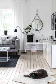 chairs ua living room