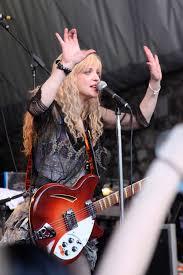 Courtney Love — Wikipédia